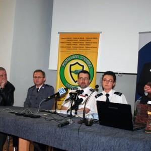 Przeciwdziałanie przemocy-konferencja 2010